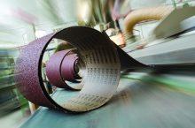 La produzione dei nastri abrasivi in 4 step